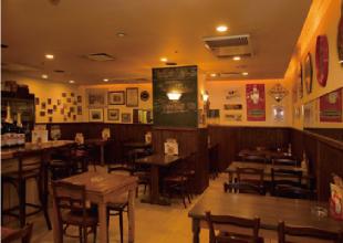 44 Paul's Cafe (ポールズカフェ)